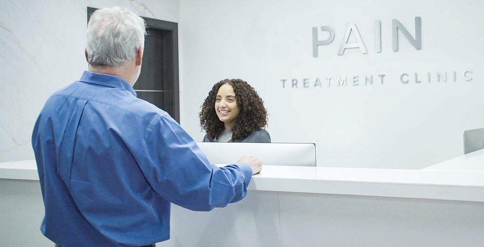 Patient at the reception desk – Tablet view