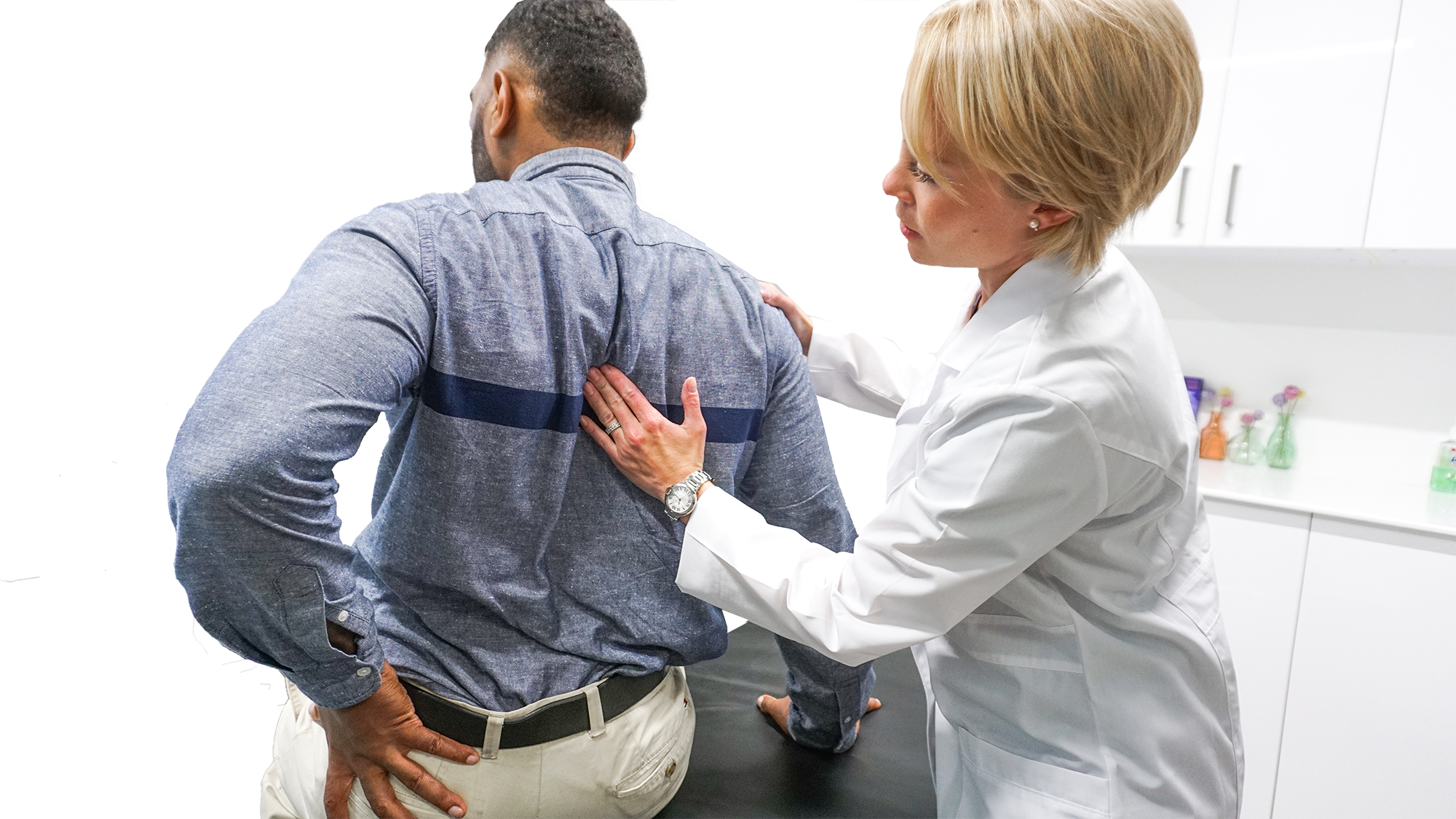Searching for a sciatica specialist in Clifton? Our dedicated team of Harvard-trained back doctors offer minimally-invasive solutions.